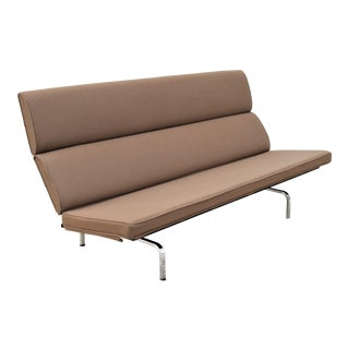 Mid-Century Modern Charles and Ray Eames for Herman Miller Eames Sofa For Sale