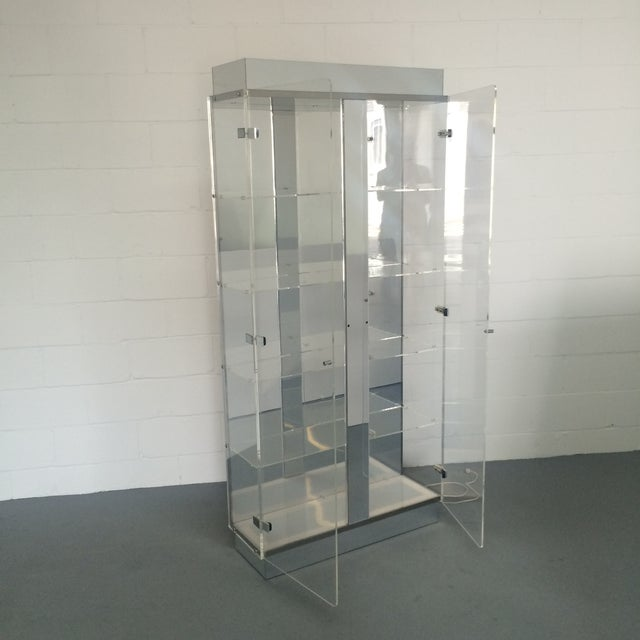 Lucite and Chrome Lighted Curio Display Cabinet For Sale - Image 7 of 9