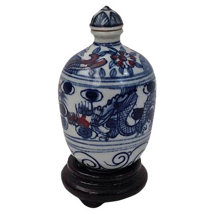 Blue Underglaze Snuff Bottle & Stand For Sale