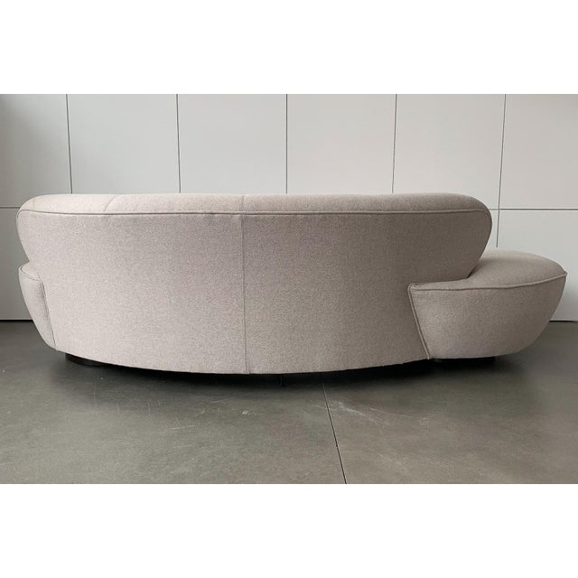 "Fabric Valdimir Kagan for Directional Mid-Century Modern ""Cloud"" Sofa For Sale - Image 7 of 13"