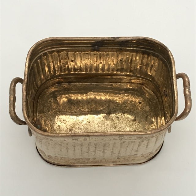 1970s Vintage Brass Ribbed Rectangular Planter For Sale In Dallas - Image 6 of 10