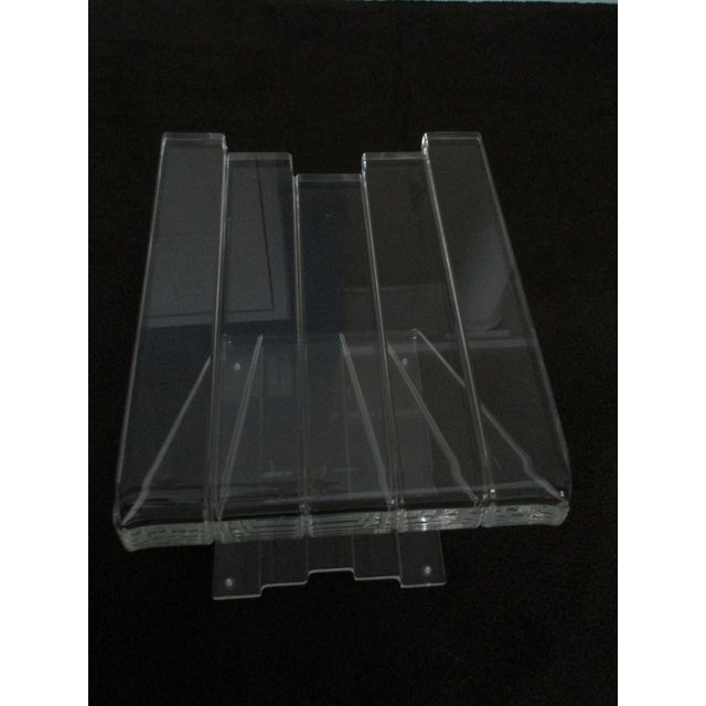 1970s Hollywood Reegncy Lucite Z Shaped Side Table/Plant Stand For Sale - Image 12 of 13