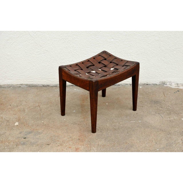 Arts & Crafts English Arts and Crafts Polished Oak and Leather Stool by Arthur Simpson For Sale - Image 3 of 5