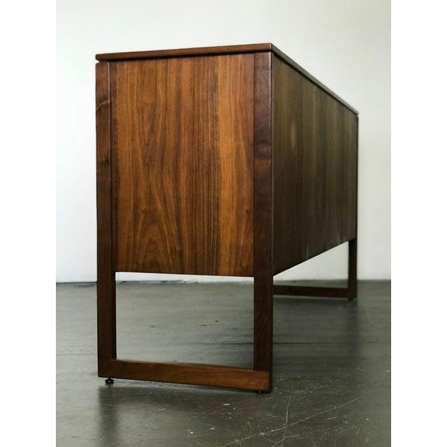 Danish Modern Nicely Designed Walnut Sideboard Cabinet by Jens Risom; 1960's. For Sale - Image 3 of 13