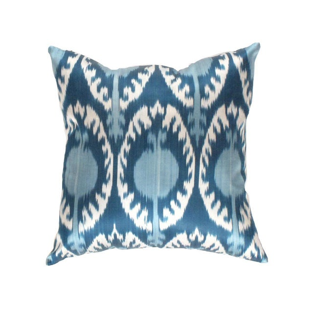 Boho Chic Pasargad Oasis Collection Silk Velvet Ikat Pillow For Sale - Image 4 of 4