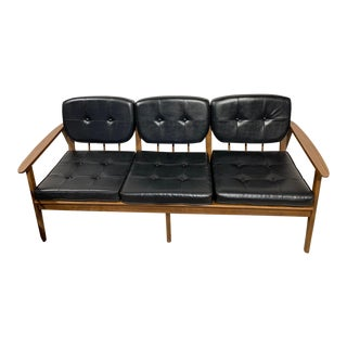 Mid Century Modern Stanley Furniture Sofa For Sale