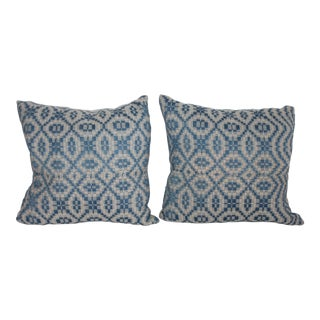 Small Coverlet Pillows For Sale