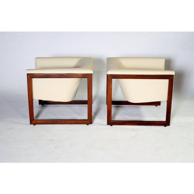 Milo Baughman Pair of Milo Baughman Cube Club Chairs For Sale - Image 4 of 8