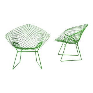 Custom Powder Coated Green Harry Bertoia Diamond Chairs for Knoll - a Pair For Sale