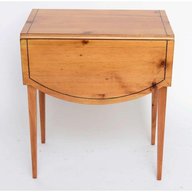 1940s Georgian Pine Pembroke Table For Sale In Miami - Image 6 of 12