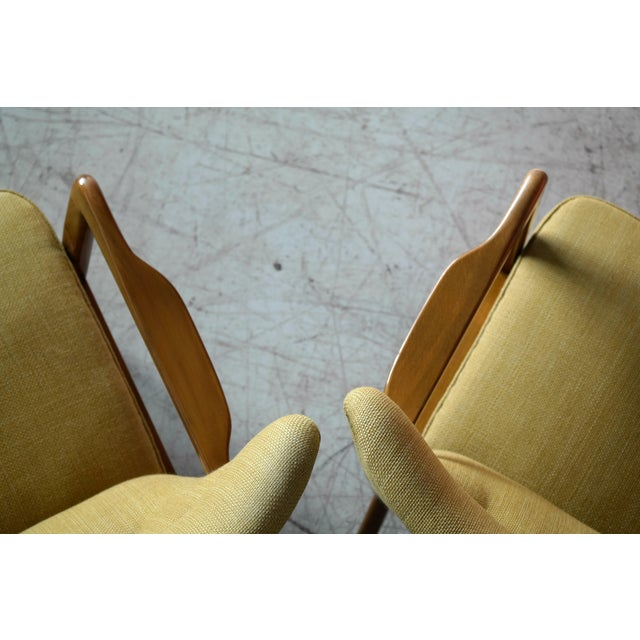 Mid-Century Modern Fritz Hansen Danish Pair of Low Back Lounge Chairs With Open Armrests, 1940s For Sale - Image 3 of 13