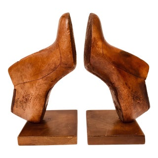 Vintage Western & Co Saint Louis American Wood Shoe Mold/Bookends - a Pair For Sale