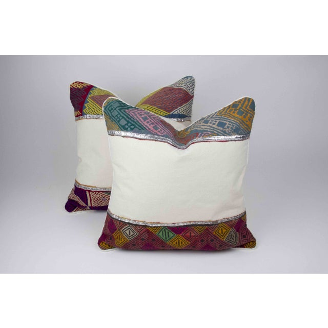 Rana Tribal Lace Pillow - Image 4 of 4