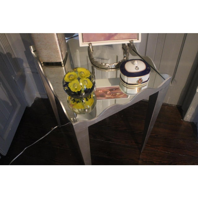 Traditional Worlds Away Wave Edge Side Table For Sale - Image 3 of 10