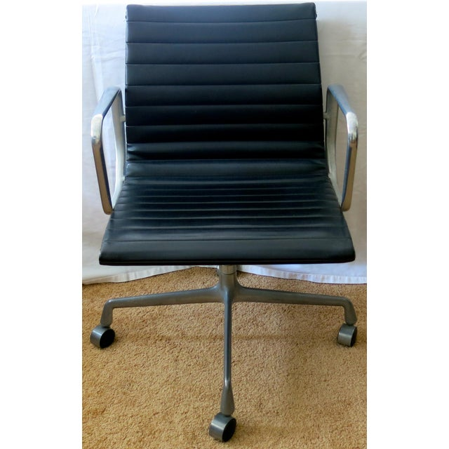 Eames for Herman Miller Group Management Chair Pre-Owned - Authentic Manufactured 1980-1990's Low Back, Manual Tilt,...