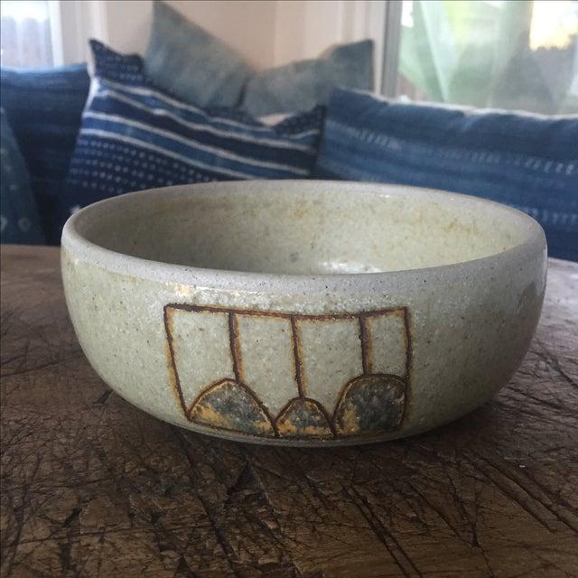 Vintage Modernist Studio Pottery Bowl - Image 4 of 6
