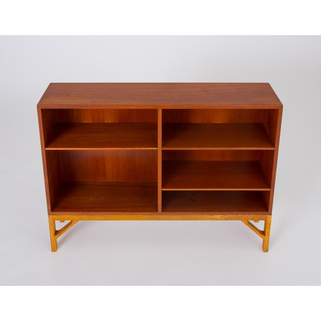 Danish Modern Danish Modern Bookcase in Teak and Oak by Børge Mogensen For Sale - Image 3 of 12