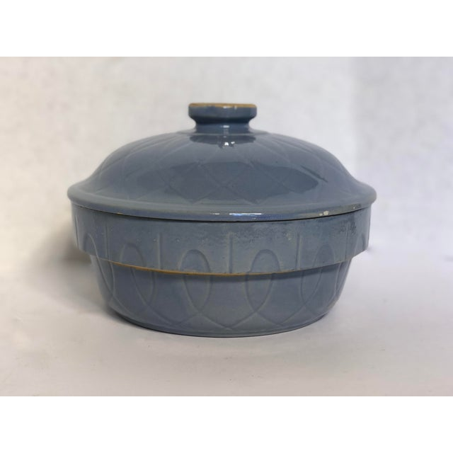 Ceramic 1930s Vintage Watt Pottery Blue Loops Covered Casserole For Sale - Image 7 of 8