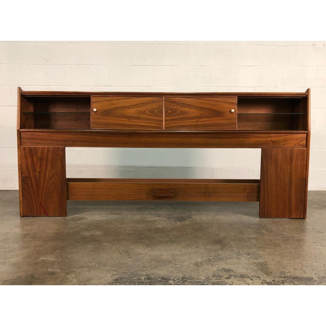 -MANUFACTURE: Drexel Declaration -IN THE STYLE OF: Mid-Century Modern -DATE OF MANUFACTURE: 1959 -MATERIALS TOP: Walnut...