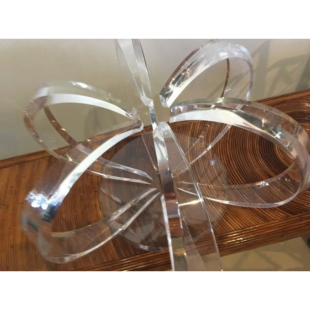 Transparent Round Lucite Spiral Circular Hollywood Regency Coffee Table For Sale - Image 8 of 9