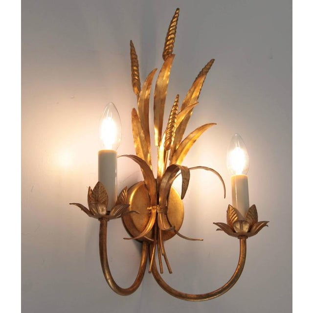 Modern Coco Chanel Style Florentine Wall Lamp Brass with Gold-Finish, Italy, 1970s For Sale - Image 3 of 5