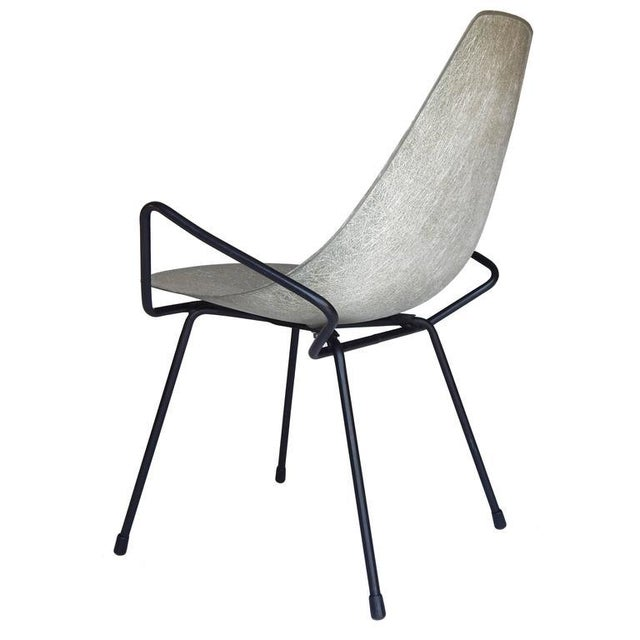 Unusual Sculptural Fiberglass Chair - Image 3 of 8