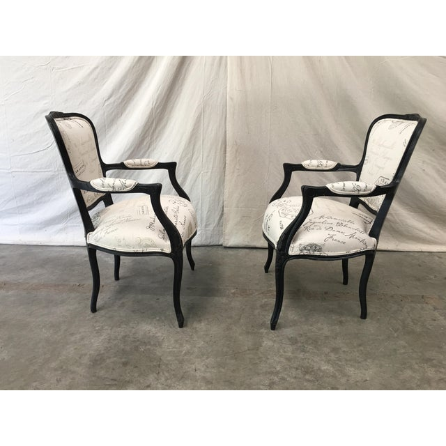 1910s 1910s French Antique Louis XV Style White Linen Arm Chairs - a Pair For Sale - Image 5 of 12