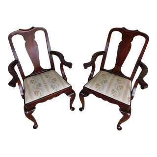 Henkel Harris Model 109 a Queen Anne Mahogany Arm Chairs - a Pair For Sale
