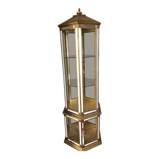 1980s Hollywood Regency Curio Cabinet For Sale