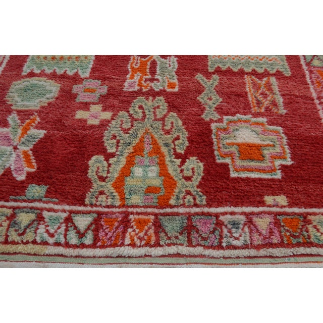 Abstract Expressionism Vintage Moroccan Azilal Rug - 8'4'' x 4'10'' For Sale - Image 3 of 7