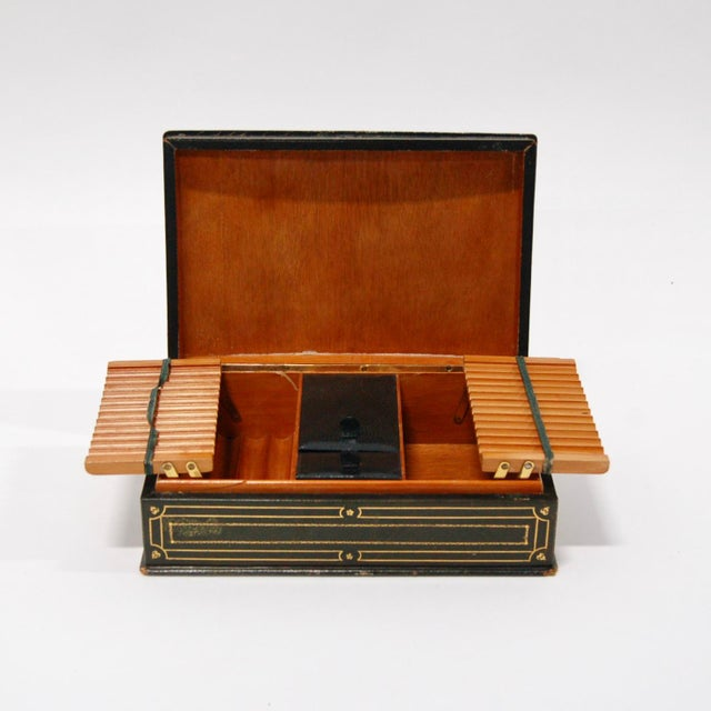 1930's Green Leather Cigarette & Cigar Humidor Tobacco Box - Image 4 of 8