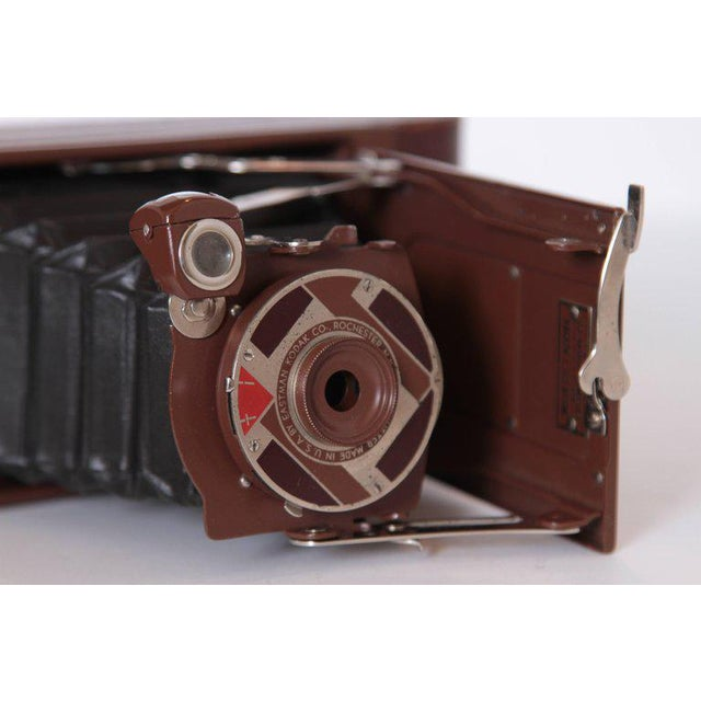 1930s Machine Age Art Deco Walter Dorwin Teague Kodak Gift 1A Camera with Case For Sale - Image 5 of 11