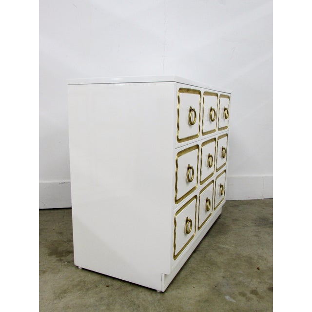 Pair of Chests in the Manner of Dorothy Draper España Collection for Heritage For Sale In Raleigh - Image 6 of 12