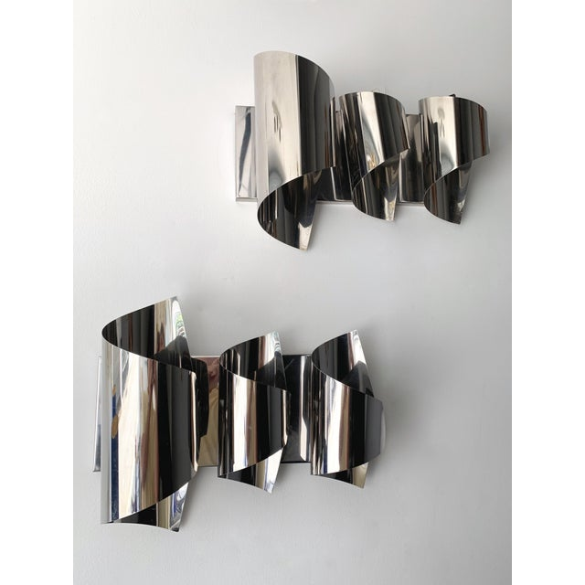 Silver Pair of Spiral Metal Chrome Sconces by Reggiani. Italy, 1970s For Sale - Image 8 of 8