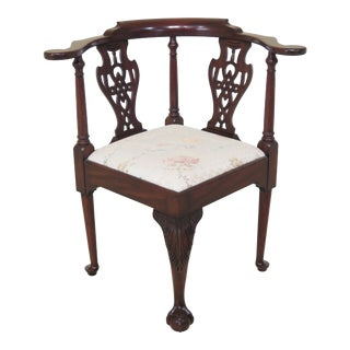 1990s Vintage Henkel Harris Ball & Claw Mahogany Spnea Corner Chair For Sale