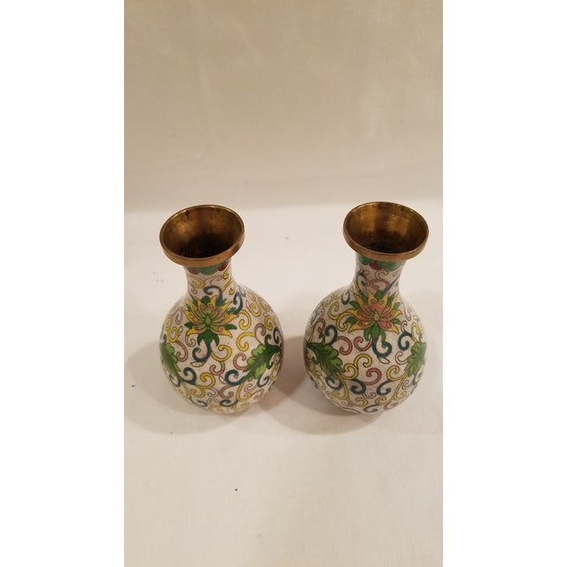 Chinese 1920s Chinese Cloisonne Vases - a Pair For Sale - Image 3 of 9