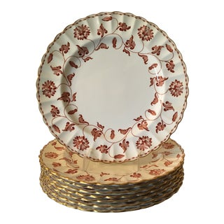 "English Spode Red Colonel Dinner Plates Scalloped Gold Trim 10"" Vintage - Set of 8 For Sale"