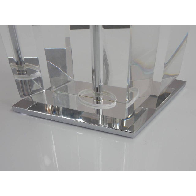 Pair of Massive Lucite Lamps, 1970s For Sale - Image 4 of 11