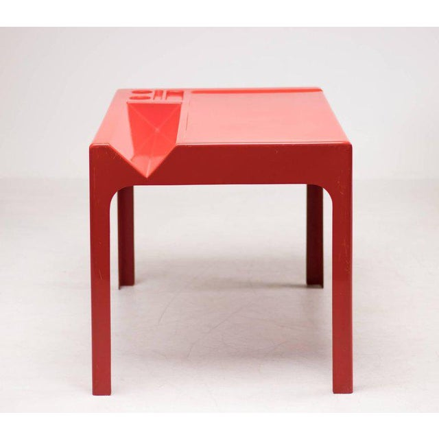 Abstract Red Fiberglass Desk by Marc Berthier For Sale - Image 3 of 8