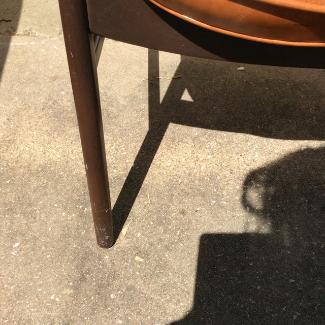 Vintage Mid Century Paoli Lounge Chairs - A Pair For Sale - Image 10 of 13