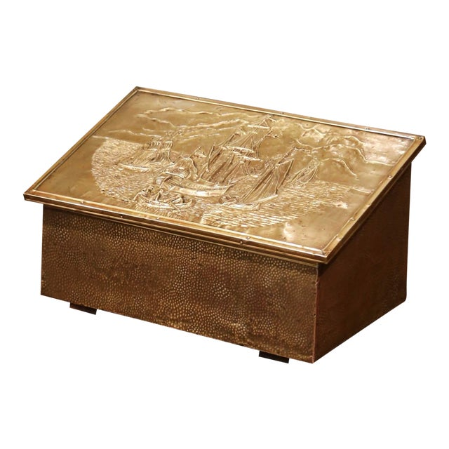 Early 20th Century French Repousse Brass and Wooden Box With Sailboats Decor For Sale