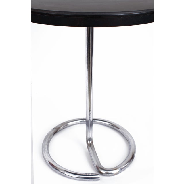 Art Deco 1930s Stablet French Minimalist Round Bakelite and Chromed Steel Table For Sale - Image 3 of 5