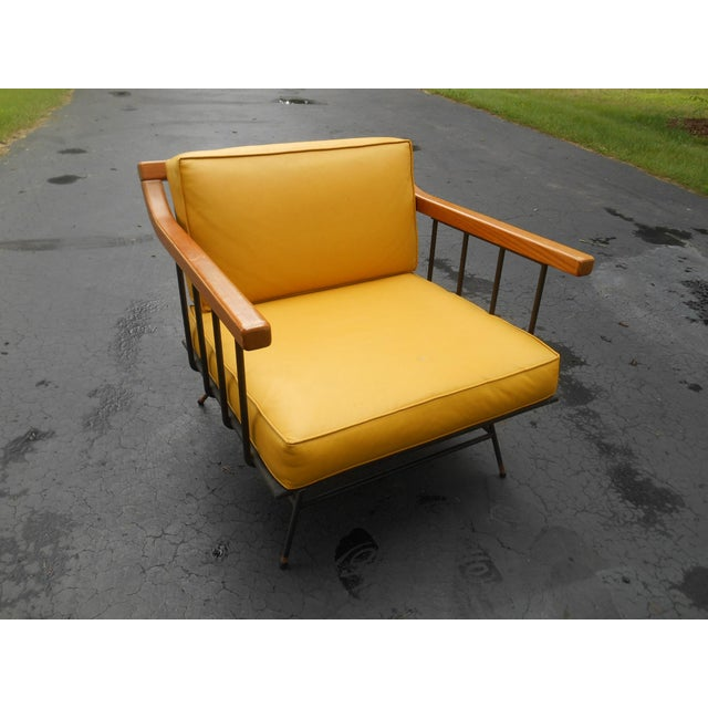 Gold 1960s Vintage Mid-Century Modern Maple & Iron Lounge Chair For Sale - Image 7 of 7