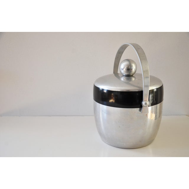 Art Deco 1950s Vintage Spun Aluminium and Bakelite Ice Bucket by Kromex For Sale - Image 3 of 9
