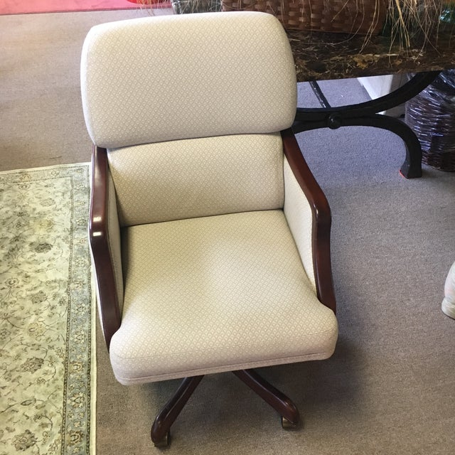 White Rolling Office Chair - Image 2 of 8