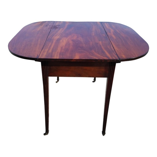 Late 18th Century Americana Mahogany Pembroke Table For Sale