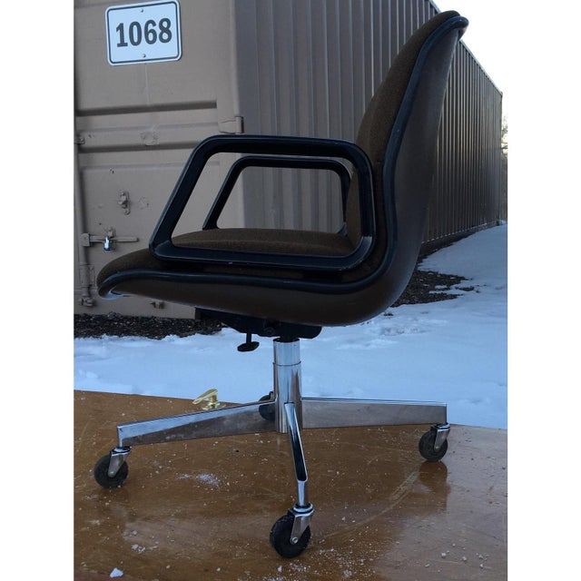 Mid-Century Modern Mid-Century Modern Charles Pollock Style Desk Chair by All•Steel For Sale - Image 3 of 13