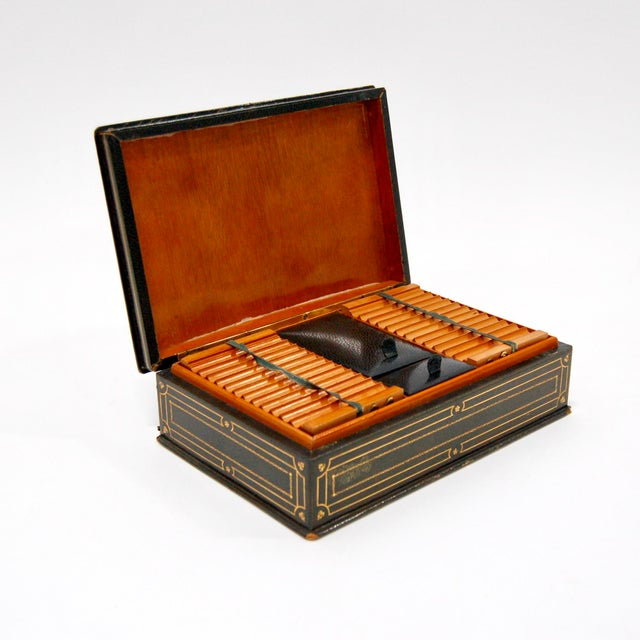 1930's Green Leather Cigarette & Cigar Humidor Tobacco Box - Image 2 of 8