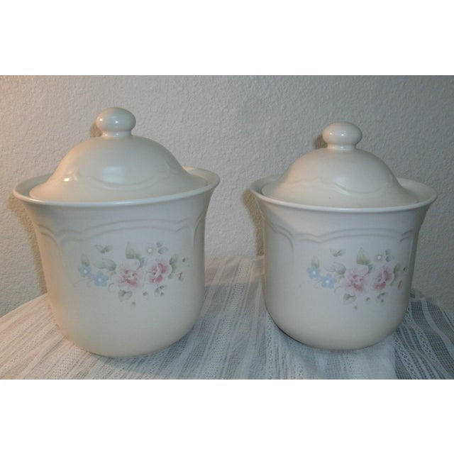 Traditional Pfaltzgraff Tea Rose Cookie Jar Canisters - Set of 3 For Sale - Image 3 of 11