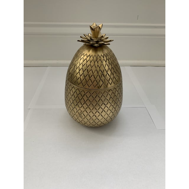 Vintage Mid-Century Mottahedeh Brass Pineapple Box For Sale In Charlotte - Image 6 of 6